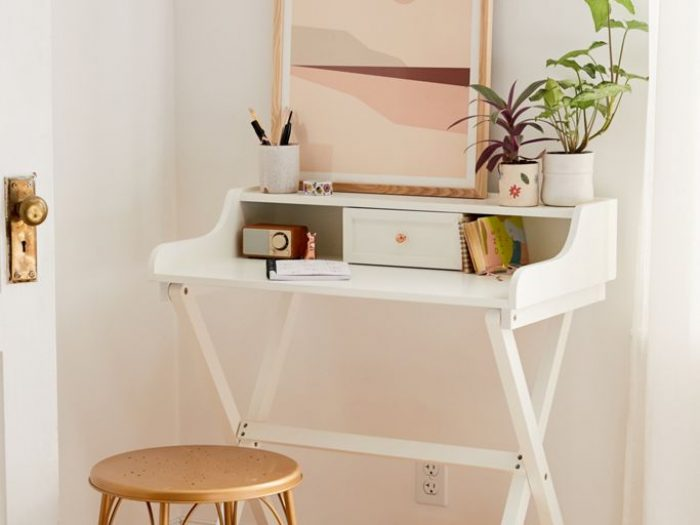 urban outfitters small space folding desk