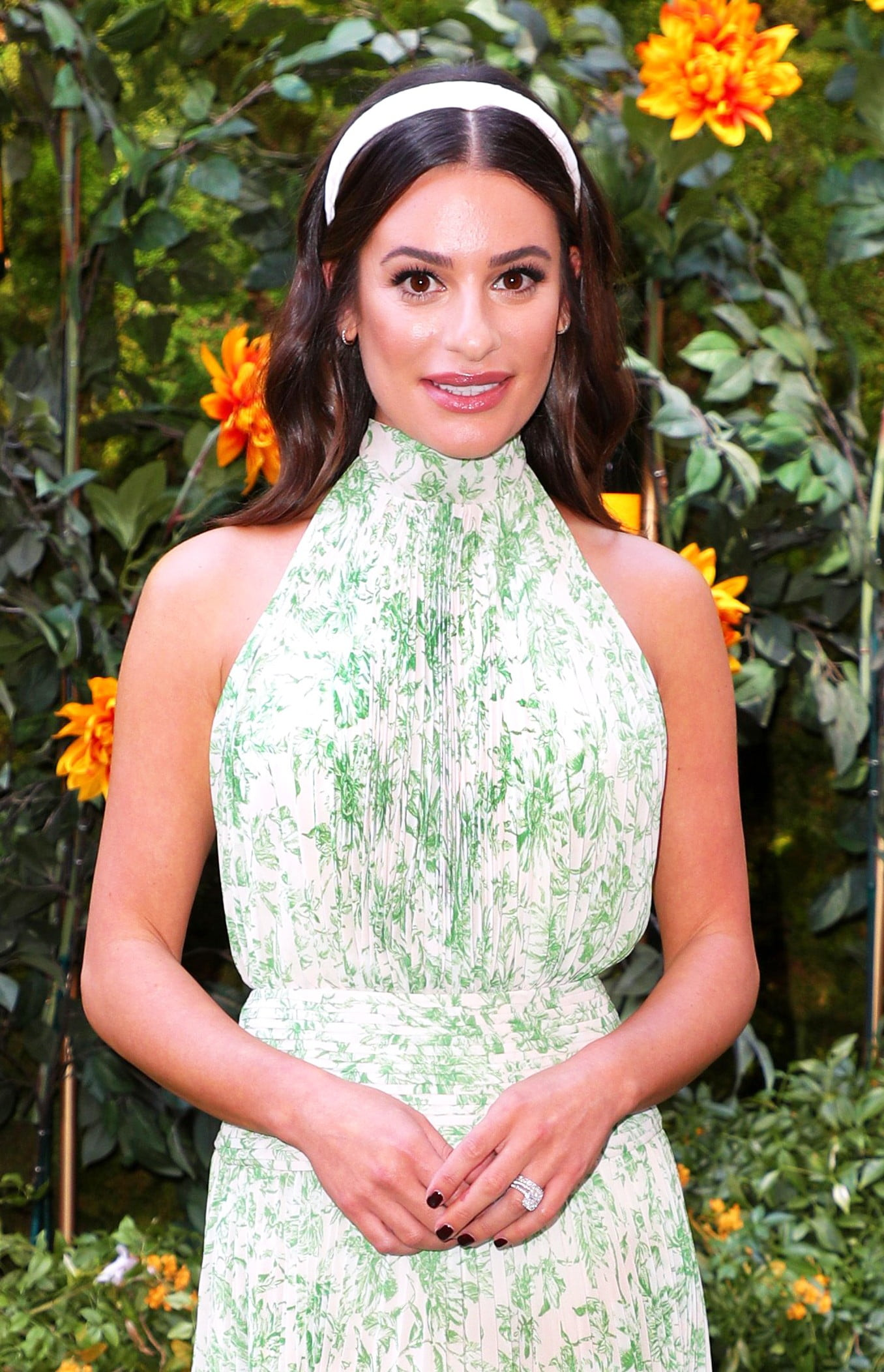 Lea Michele Confirms Her Pregnancy With Sweet Baby Bump Photo