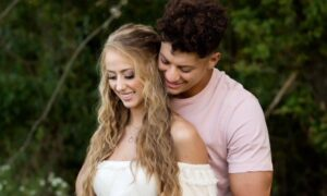 Chiefs' QB Patrick Mahomes And His Fiancée Are Expecting Their First Child
