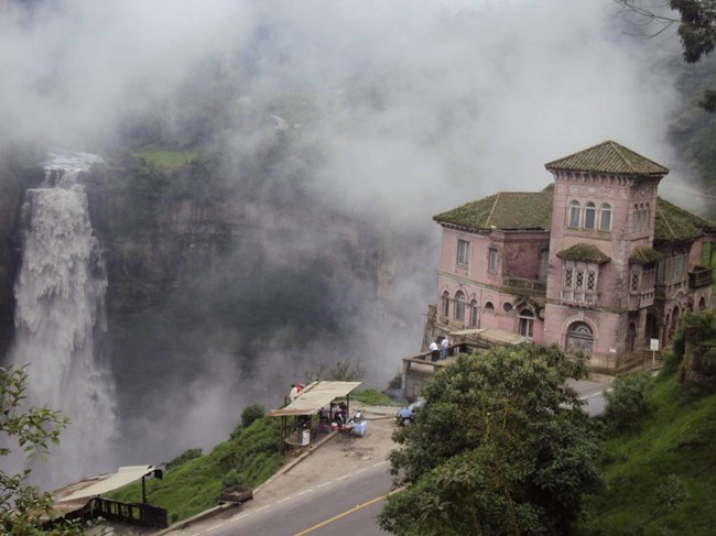 haunted-hotel-colombia-4