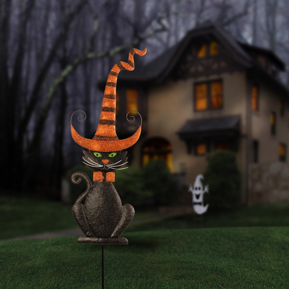 The Best Halloween Decorations For Cat Lovers