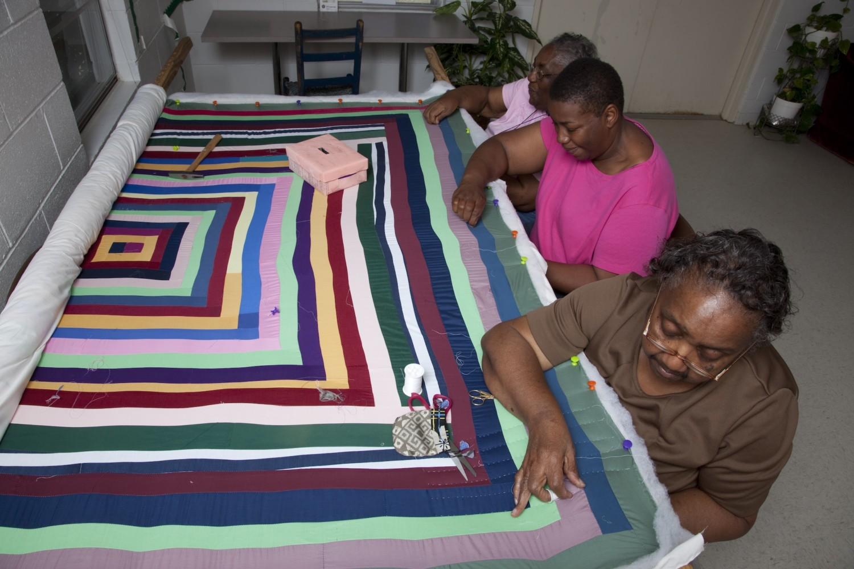 Women quilting at Gee's Bend, Alabama